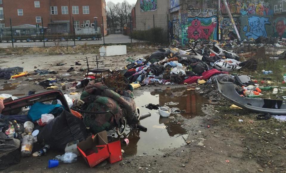 eu-migranter_kakstad_sopor_2