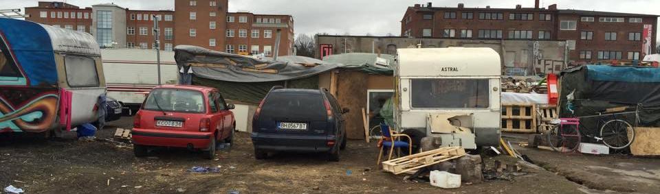 EU-migranter, kåkstad i Malmö vid industrigatan, klicka här för en större bild