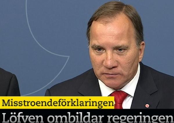 Stefan Löfven svarar på pressens frågor, allt mer ilsket och indignerat