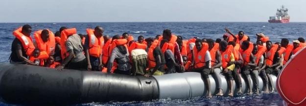 Ocean Viking, Medelhavet. Läkare utan gränser och SOS Mediterranée