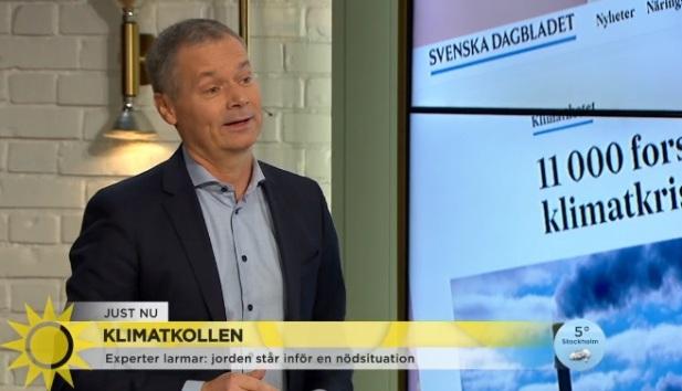 Johan Kuylenstierna, vice ordförande i Klimatpolitiska rådet, pratar om den uppmärksammade artikeln där 11 000 forskare varnar för en klimatkris. Visa namn var självklart fejk, men innehållet i artikeln är detsamma, menar han, dvs TV4