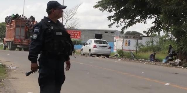Migranter på väg till USA genom Mexico